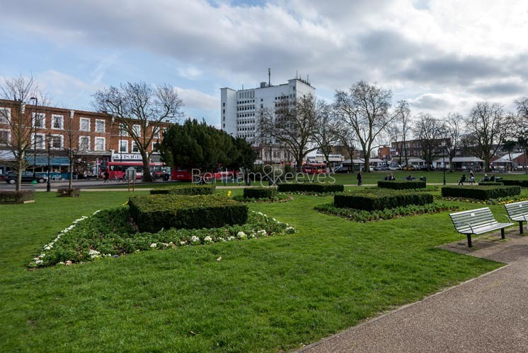 Ealing Area Guide - Image 2