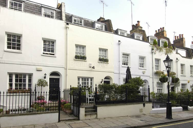 Knightsbridge Area Guide - Image 5