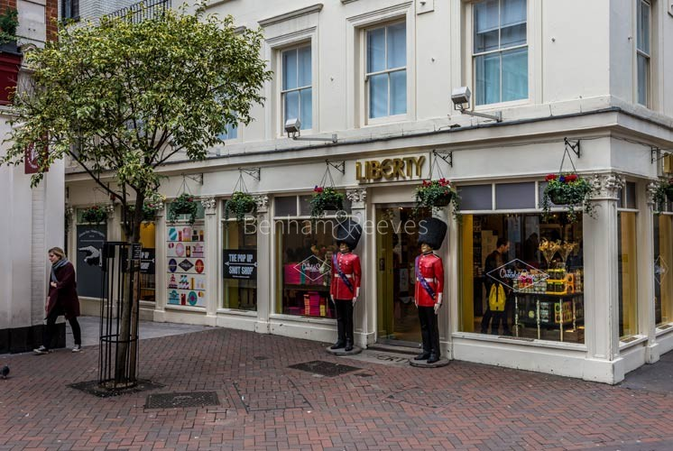 Mayfair Area Guide - Image 4