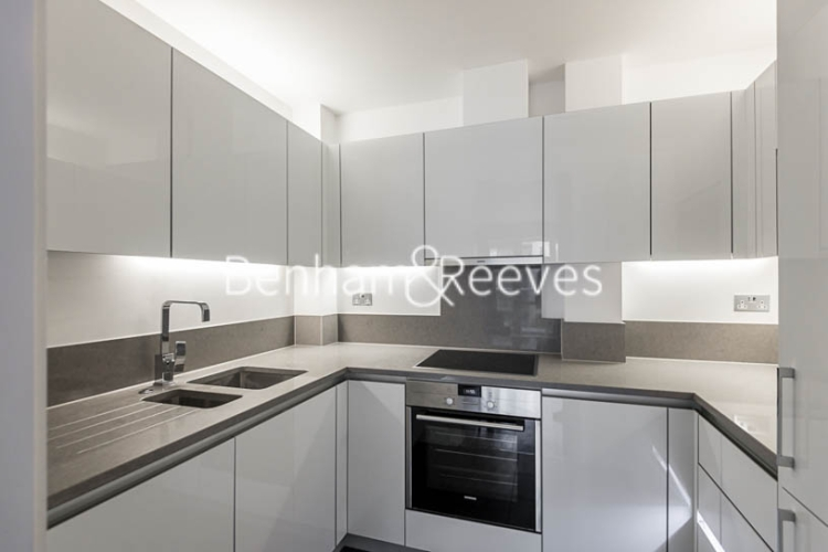 1 bedroom(s) flat to rent in Dickens Yard, Ealing, W5-image 2