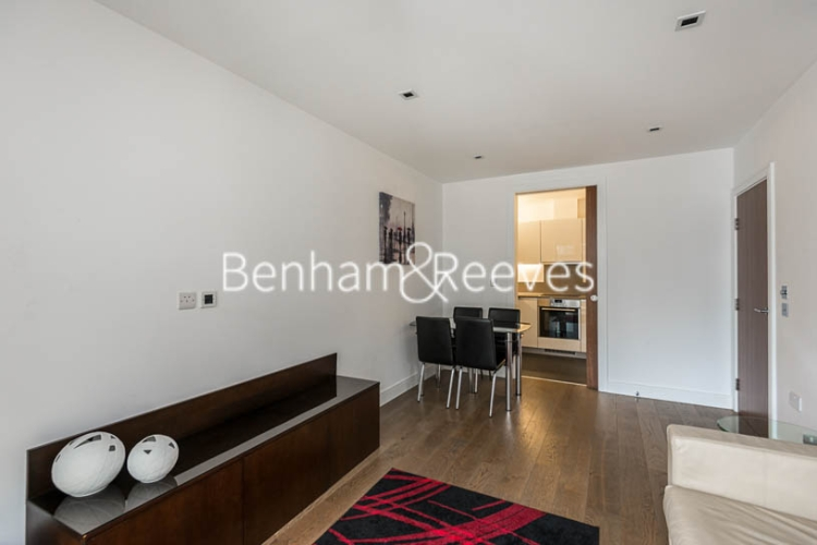1 bedroom(s) flat to rent in Dickens Yard, Ealing, W5-image 7