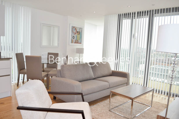 2 bedroom(s) flat to rent in Uxbridge Road, Ealing, W5-image 1