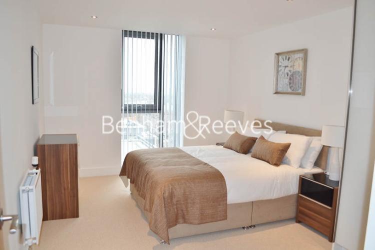 2 bedroom(s) flat to rent in Uxbridge Road, Ealing, W5-image 3