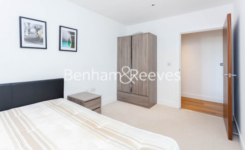 2 bedroom(s) flat to rent in Longfield Avenue, Ealing, W5-image 12