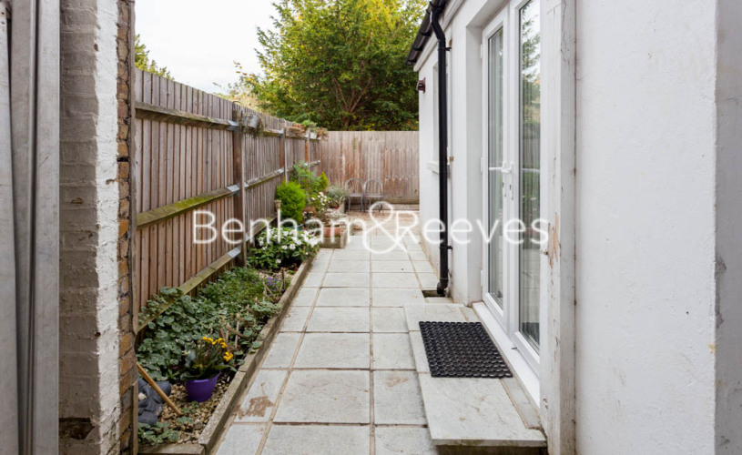 1 bedroom(s) flat to rent in Madeley Road, Ealing, W5-image 11