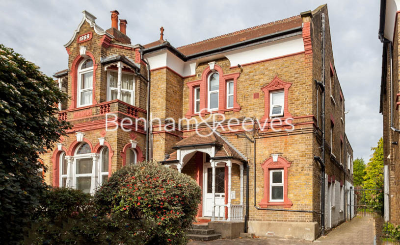 Studio flat to rent in Madeley Road, Ealling, W5-image 4