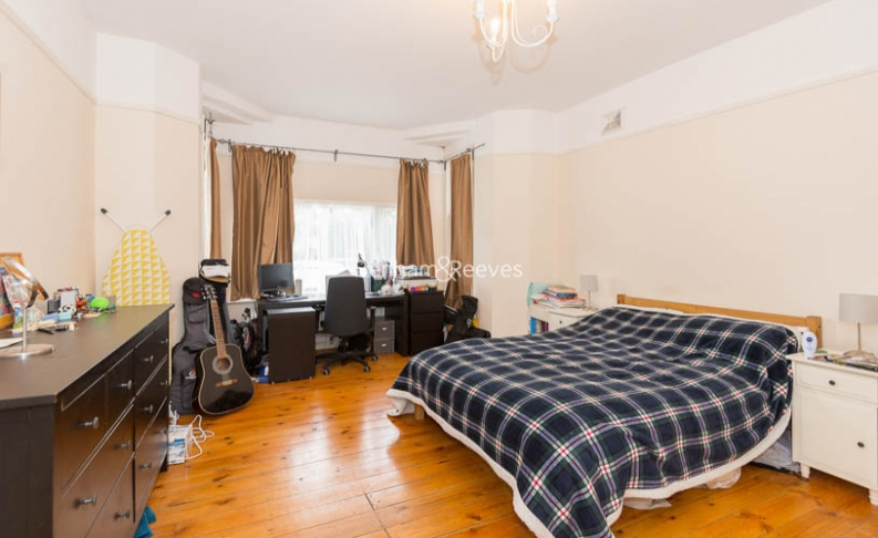 1 bedroom(s) house to rent in Madeley Road, Ealing, W5-image 4