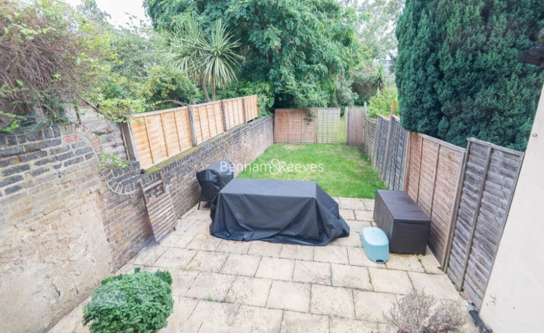 1 bedroom(s) house to rent in Madeley Road, Ealing, W5-image 7