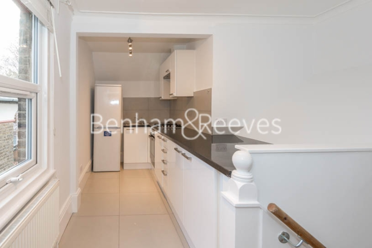 1 bedroom(s) flat to rent in Madeley Road, Ealing W5-image 2