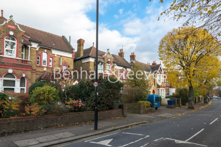 1 bedroom(s) flat to rent in Madeley Road, Ealing W5-image 4