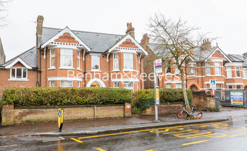 Studio flat to rent in Madeley Road, Ealing, W5-image 5