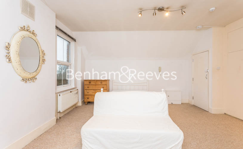 Studio flat to rent in Madeley Road, Ealing, W5-image 12