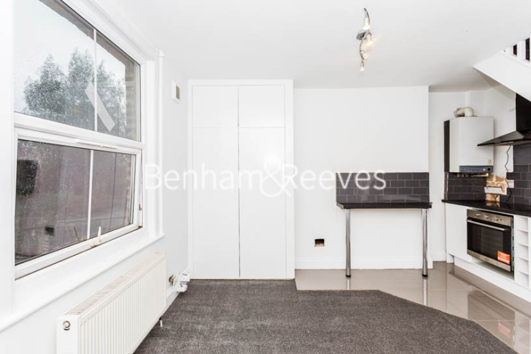 Studio flat to rent in Madeley Road, Ealing, W5-image 7