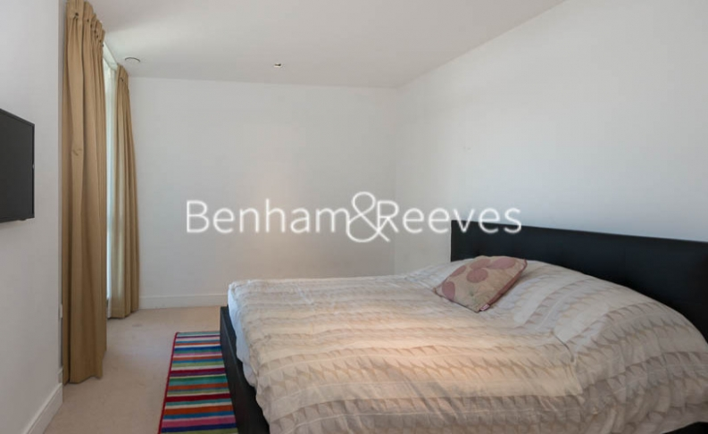 3 bedroom(s) flat to rent in Longfield Avenue, Ealing, W5-image 8