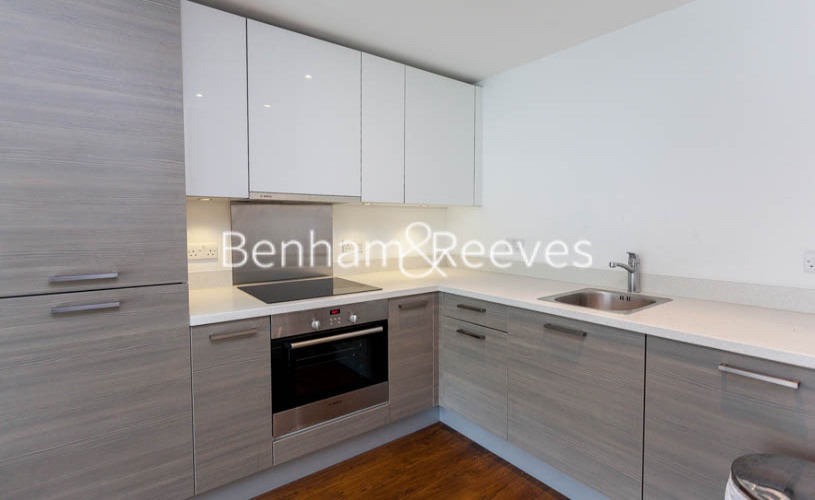 1 bedroom(s) flat to rent in Bromyard Avenue, Acton, W3-image 3