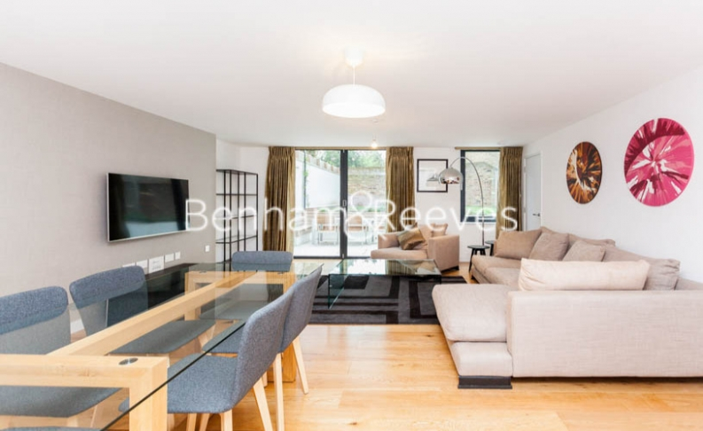 2 bedroom(s) flat to rent in The Mall, Uxbridge Road, Ealing, W5-image 2