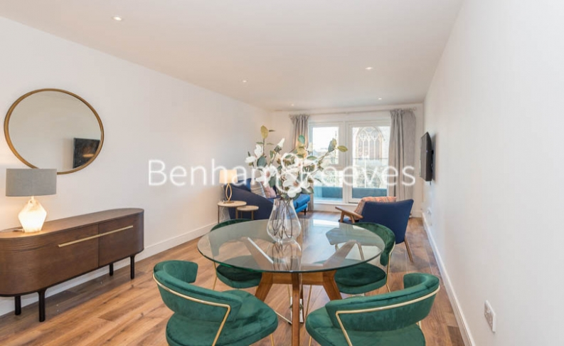 2 bedroom(s) flat to rent in New Broadway, Ealing, W5-image 3