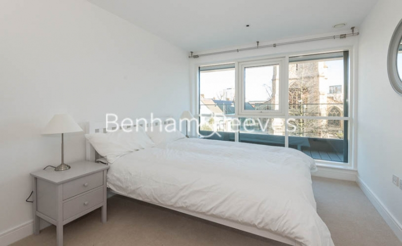 2 bedroom(s) flat to rent in New Broadway, Ealing, W5-image 9