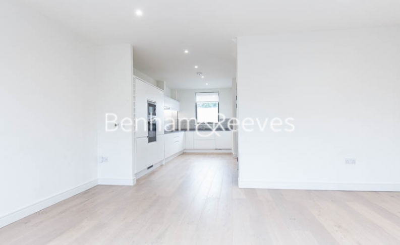 4 bedroom(s) house to rent in Seaford Road, Northfields, W13-image 8
