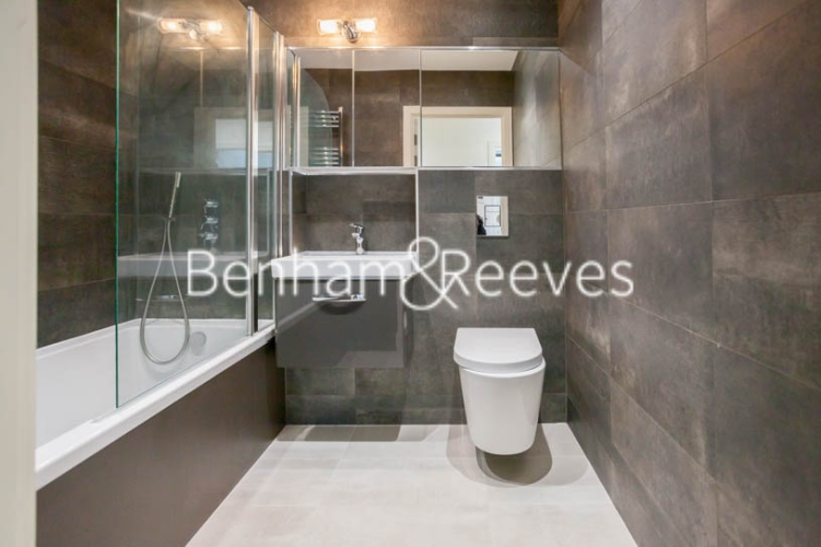 2 bedroom(s) flat to rent in Seaford Road, Northfields, W13-image 4