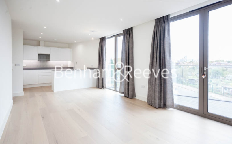 2 bedroom(s) flat to rent in Seaford Road, Northfields, W13-image 7