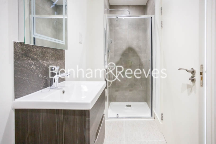 2 bedroom(s) flat to rent in Seaford Road, Northfields, W13-image 10