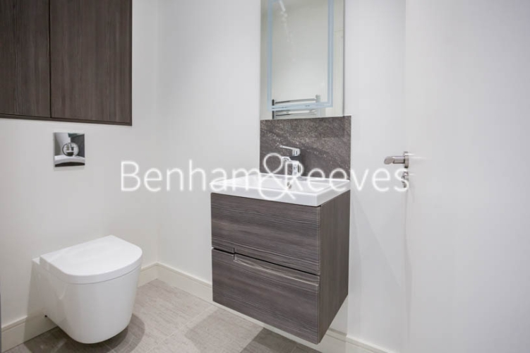 2 bedroom(s) flat to rent in Seaford Road, Northfields, W13-image 15