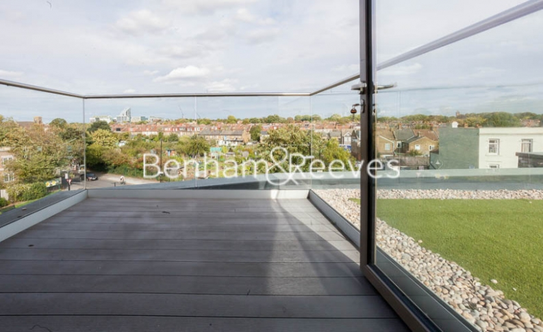 2 bedroom(s) flat to rent in Seaford Road, Northfields, W13-image 5