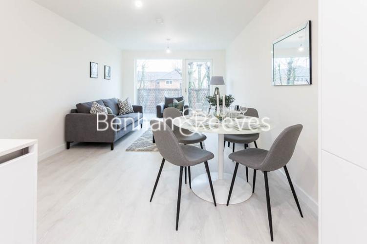 1 bedroom(s) flat to rent in Harrow View, Harrow, HA1-image 2
