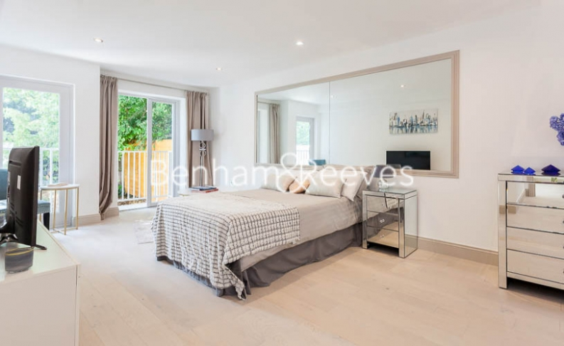3 bedroom(s) flat to rent in Montpelier Road, Ealing, W5-image 3