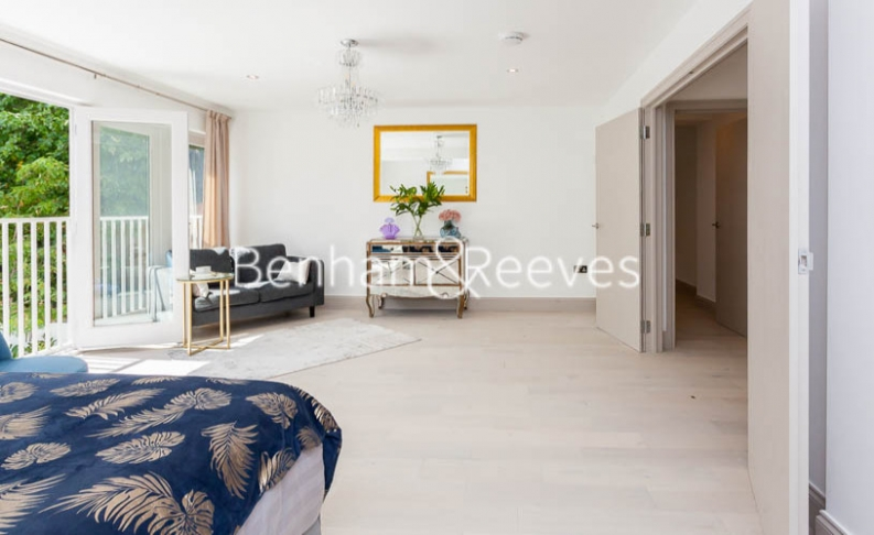 3 bedroom(s) flat to rent in Montpelier Road, Ealing, W5-image 6