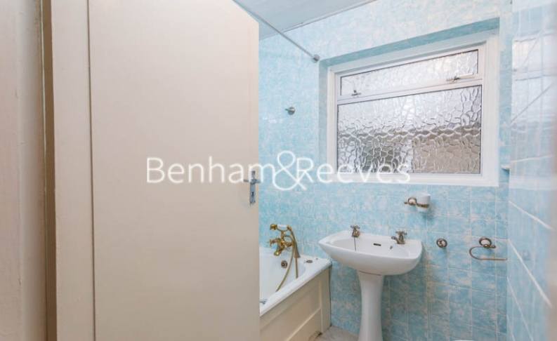 1 bedroom(s) flat to rent in Connell Crescent, Ealing, W5-image 10