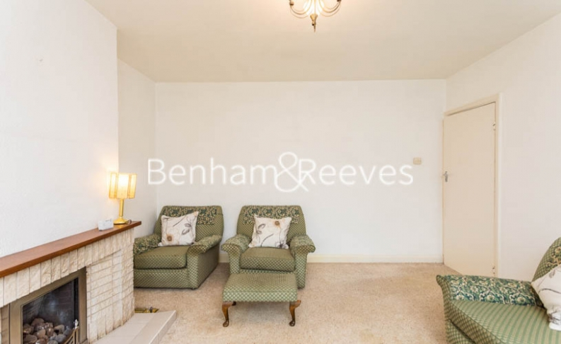 1 bedroom(s) flat to rent in Connell Crescent, Ealing, W5-image 12