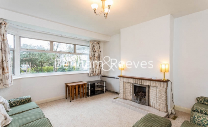 1 bedroom(s) flat to rent in Connell Crescent, Ealing, W5-image 17