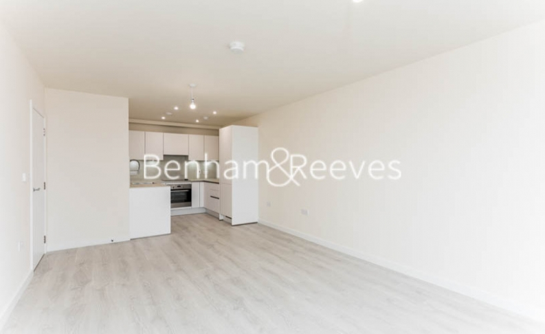 1 bedroom(s) flat to rent in Hargrave Drive, Harrow, HA1-image 1