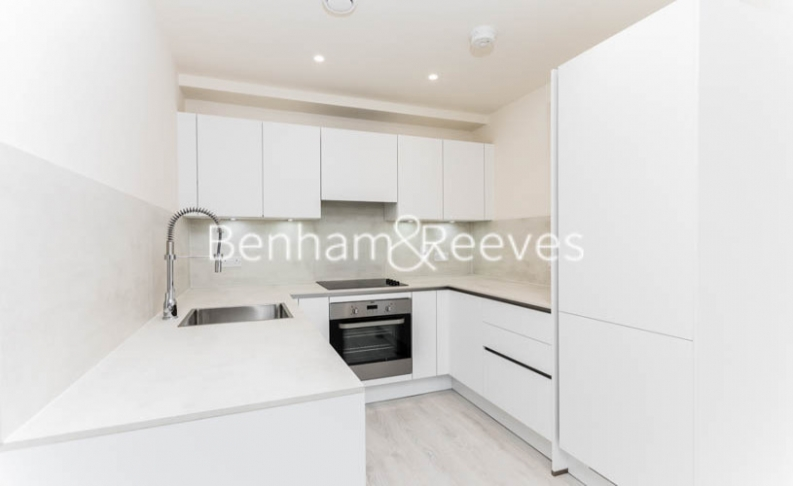 1 bedroom(s) flat to rent in Hargrave Drive, Harrow, HA1-image 2