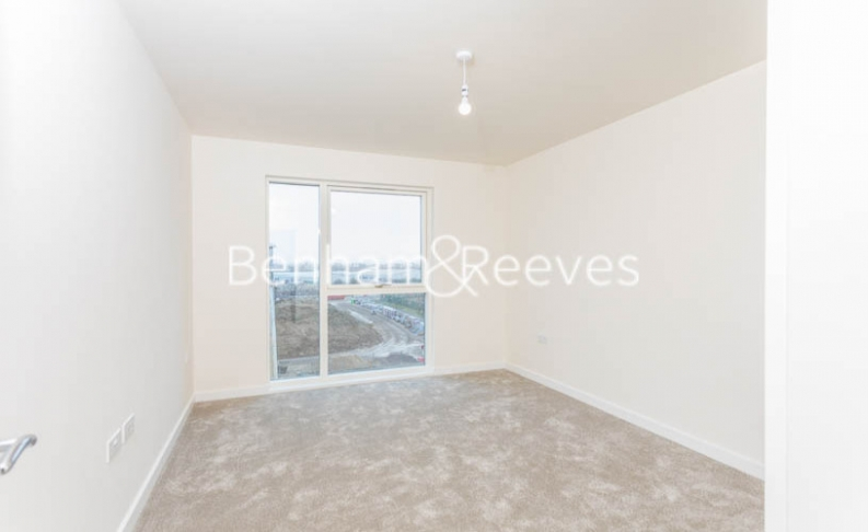 1 bedroom(s) flat to rent in Hargrave Drive, Harrow, HA1-image 3