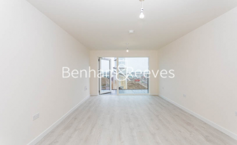 1 bedroom(s) flat to rent in Hargrave Drive, Harrow, HA1-image 9