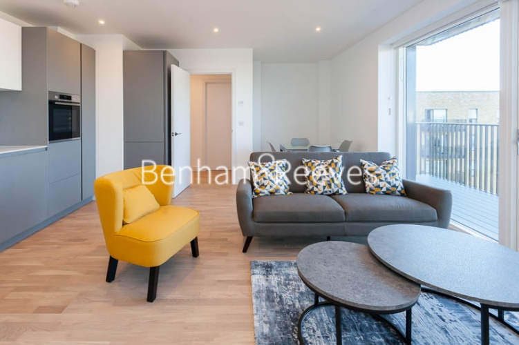 2 bedroom(s) flat to rent in Accolade Avenue, Southall, UB1-image 10