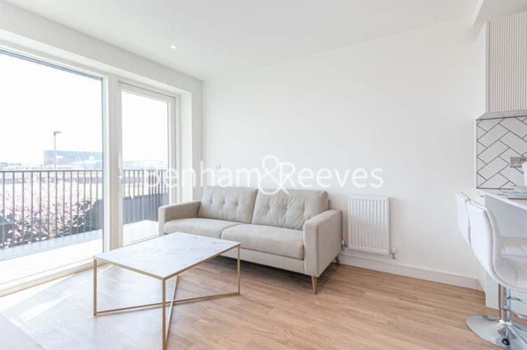 1 bedroom(s) flat to rent in Accolade Avenue, Southall, UB1-image 9