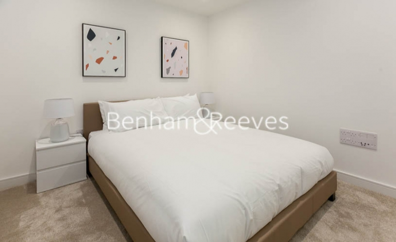 1 bedroom(s) flat to rent in Accolade Avenue, Southhall,UB1-image 8