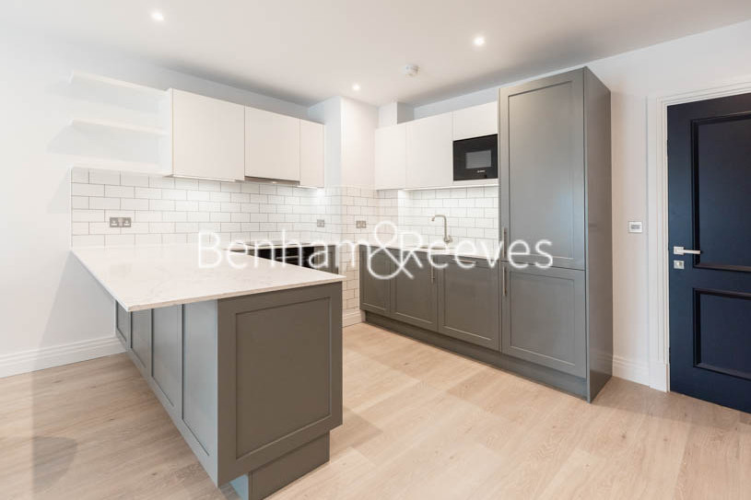 2 bedroom(s) flat to rent in Filmworks Walk, Ealing, W5-image 11