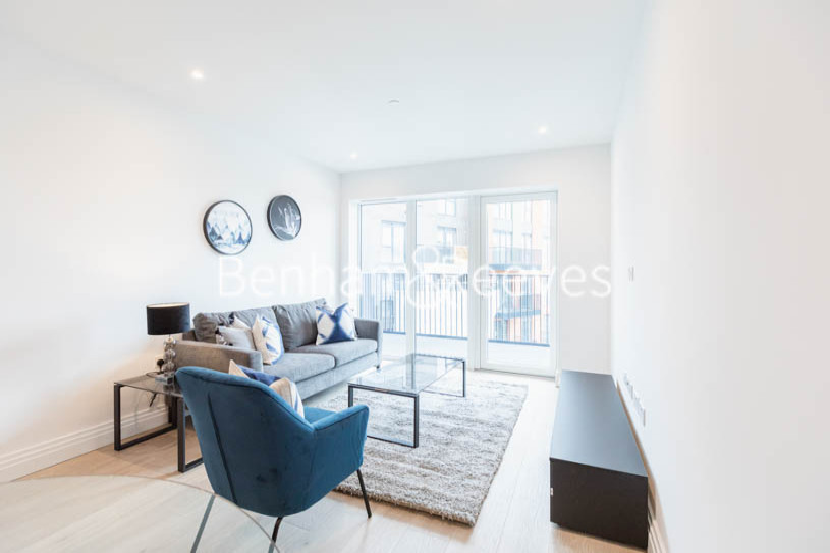 2 bedroom(s) flat to rent in Filmworks Walk, Ealing, W5-image 14