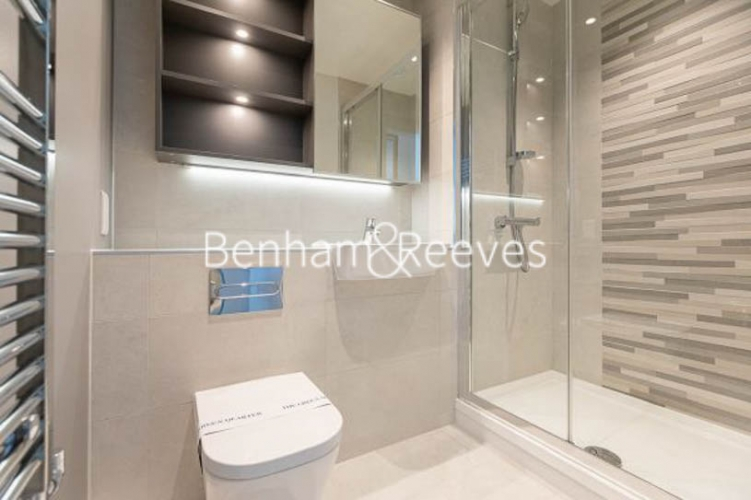 2 bedroom(s) flat to rent in Accolade Avenue, Southall, UB1-image 4