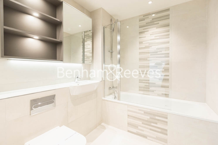 2 bedroom(s) flat to rent in Greenleaf Walk, Southall, UB1-image 9