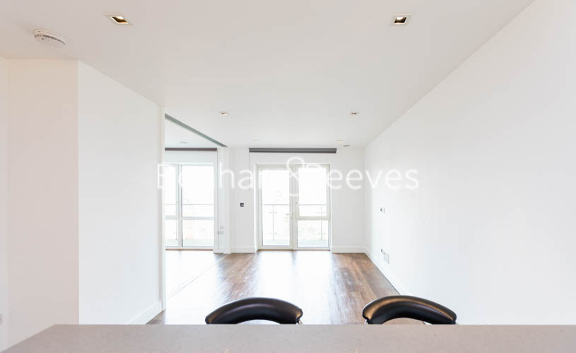 1 bedroom(s) flat to rent in Longfield Avenue,Ealing,W5-image 7