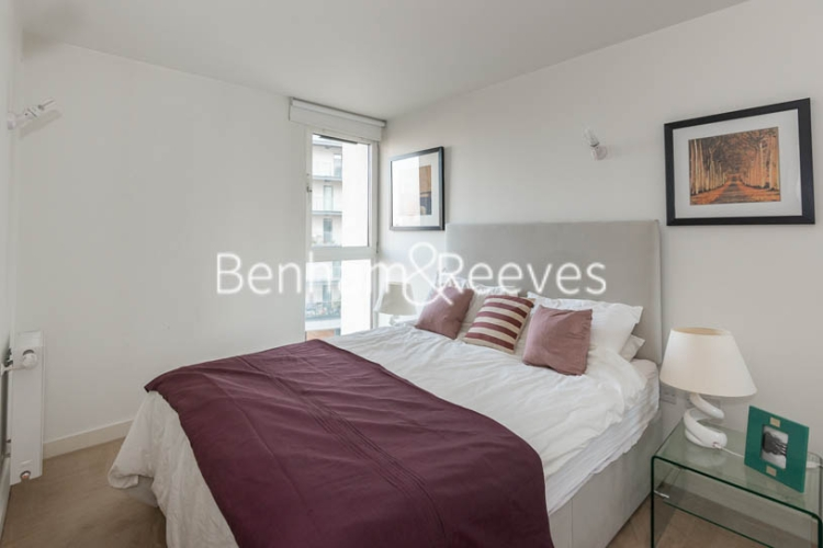 1 bedroom(s) flat to rent in Station Approach, Hayes, UB3-image 4
