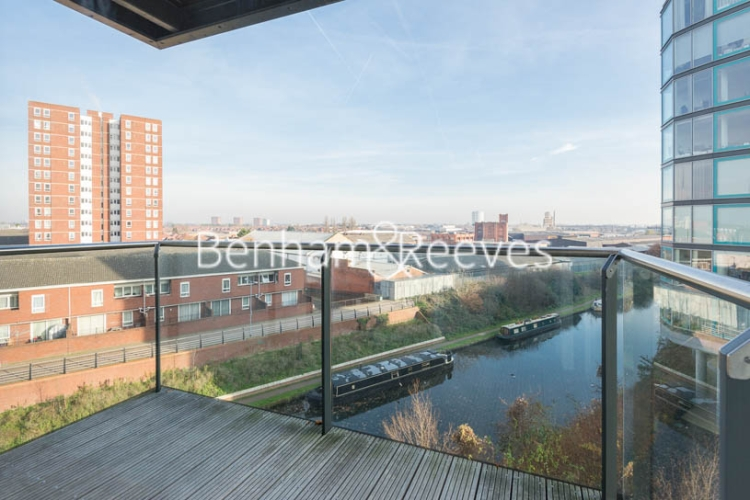 1 bedroom(s) flat to rent in Station Approach, Hayes, UB3-image 6
