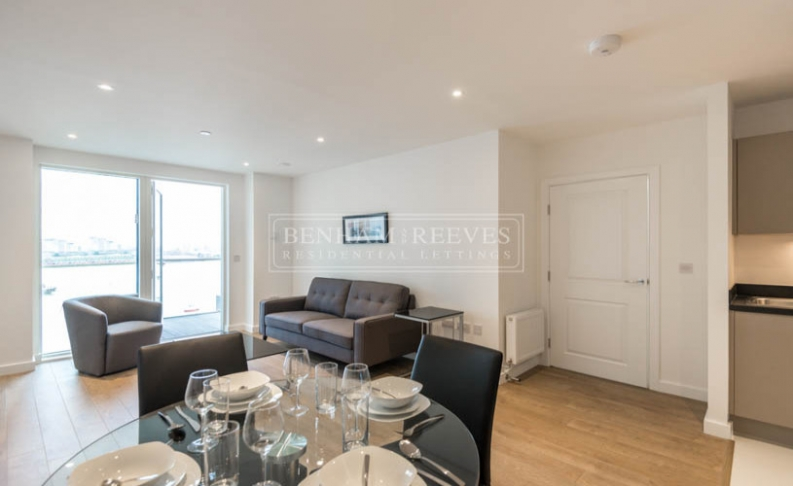2 bedroom(s) flat to rent in Bessemer Place, North Greenwich, SE10-image 2
