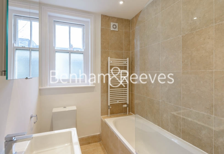1 bedroom(s) flat to rent in Queen's Club Gardens, Hammersmith, W14-image 4